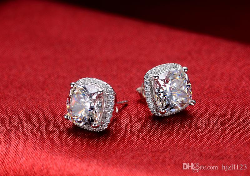 Orecchini di diamanti sintetici a taglio quadrato princess da 2 carati / paio Princess le donne Orecchini di fidanzamento in oro 18k placcato bianco