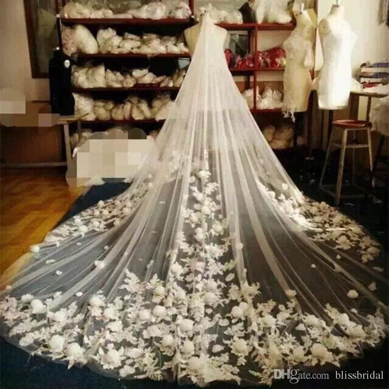 3M Long Cinderella Court Tulle Wedding Veils One Layer Same color as Picture 3D Artificial Floral Bridal Veils