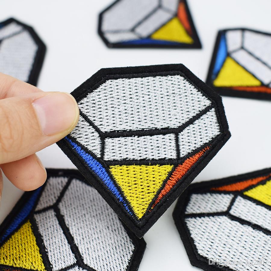 Mehrfarbendiamant-Abzeichen Aufnäher für Kleidung Taschen Eisen-on Transfer Applikationen Patch für Jacke Jeans nähen auf Stickerei-Abzeichen DIY