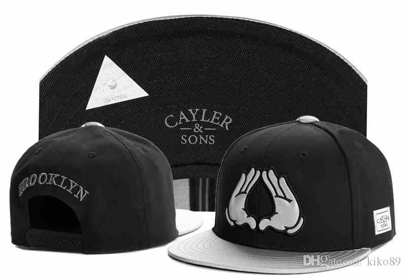 Compre New Cayler Sons Gorros Snapback Para Hombres   Mujeres Gorras De  Béisbol De La Marca Swag Swag Gorras Sombrero Para El Sol Huesos Gorra Hip  Hop ... 9a8c848afa4
