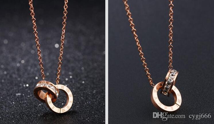Fashion exquisite diamond pendant Roman numerals necklace plated rose gold titanium steel chain chain double ring interlocking