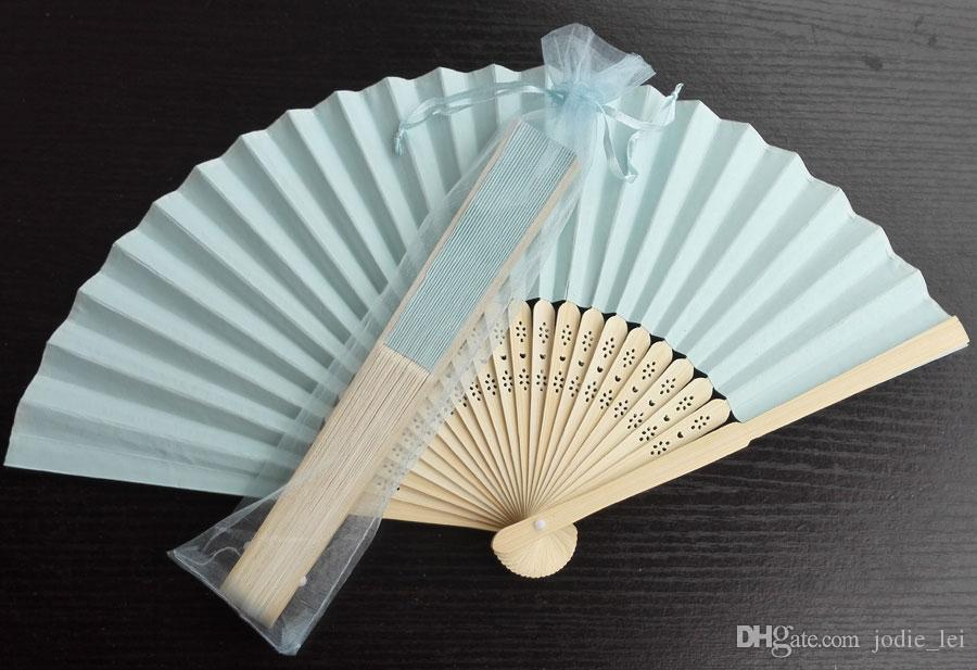 2017 baby blue paper fans for wedding 21cm with organza bag