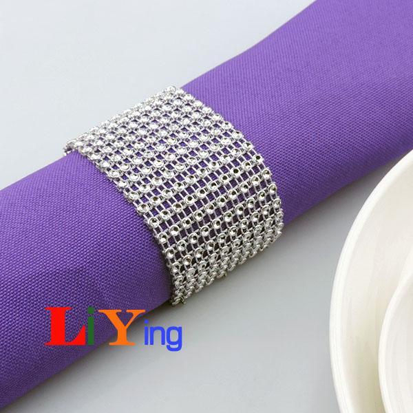 Diamond rhinestone Napkin Rings silver Ring wedding napkin holder Christmas Decoration table dinnerware crystal beads ring for napkin