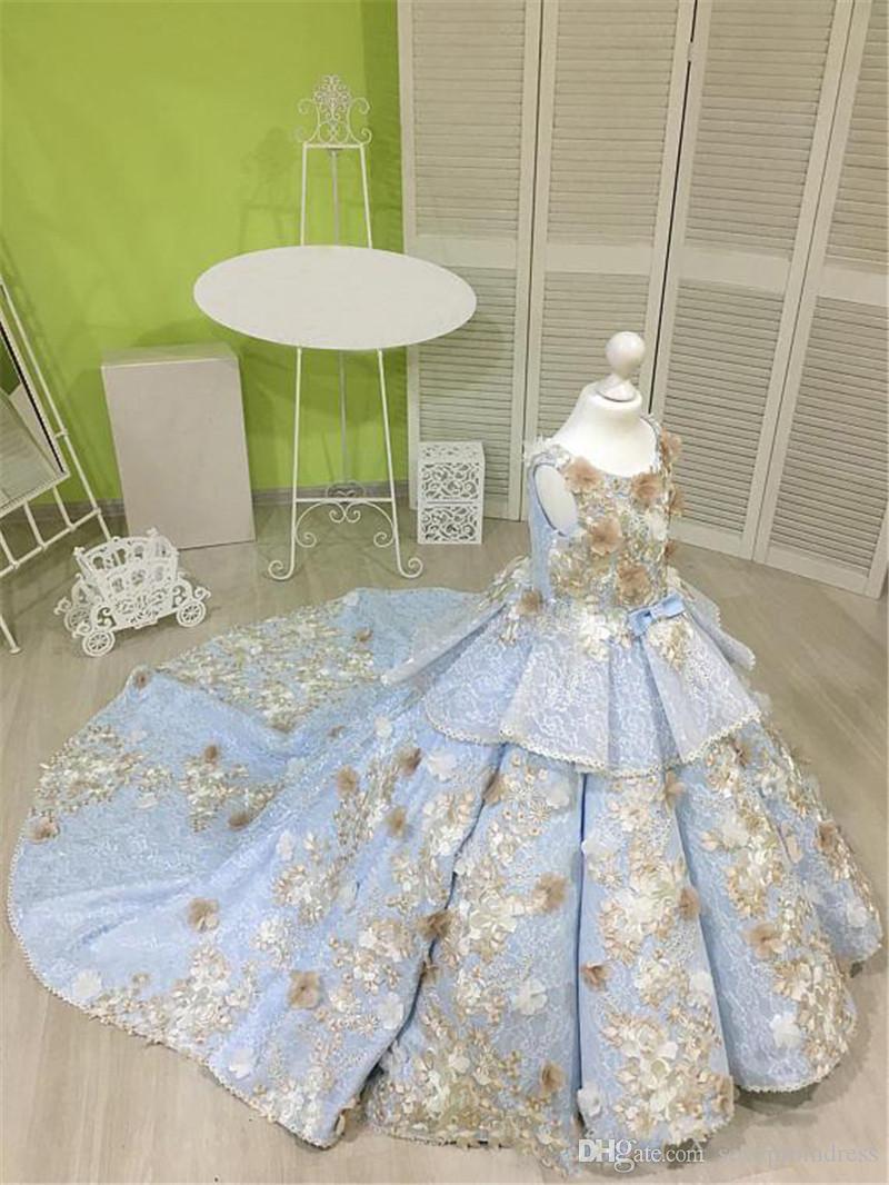Sky Blue Ballkleid Mädchen Festzug Kleider Mit Champagner Blumen Spitze Tiered Blumenmädchenkleider Für Hochzeit Sweep Zug Baby Party Kleid