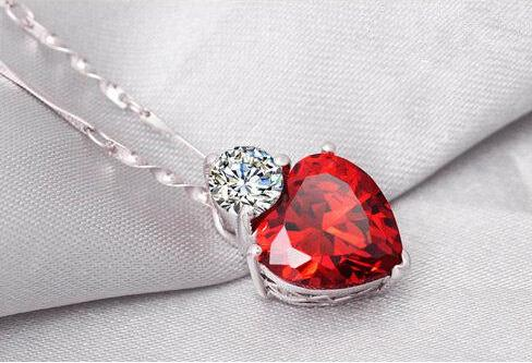Fashion Heart clavicle chain necklace 925 sterling silver pendants jewelry red garnet necklace sincere heart Red gem stone necklace 15pcs