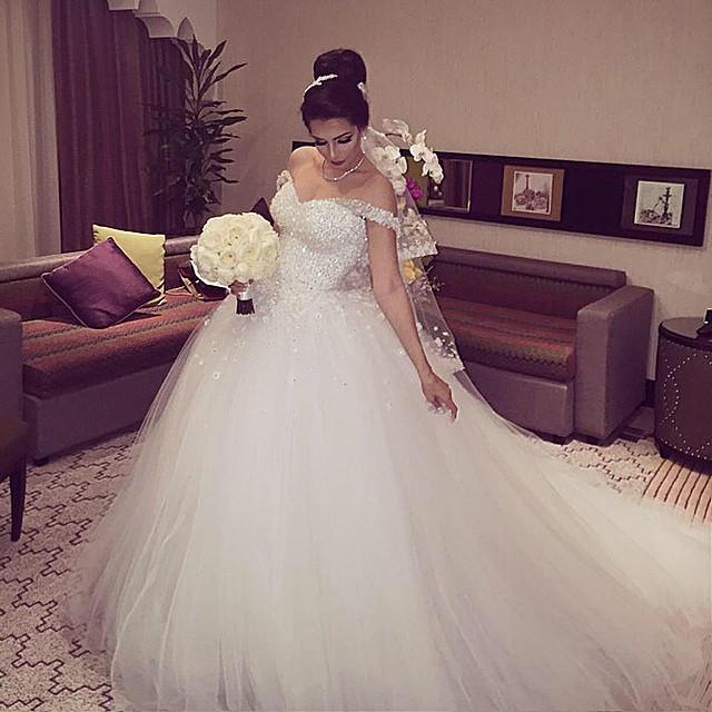 Bästsäljare! 2021 Högkvalitativ av axelblommorna Sping sommarbröllopsklänning med spets upp Back Bride Dresses Bollkakor
