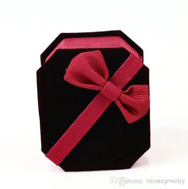 Top Quality Jewery Boxes Red Velvet Ring Box Storage Cute Boxes Small Gift Box For Rings Earrings Pendent Necklace Wholesale Price