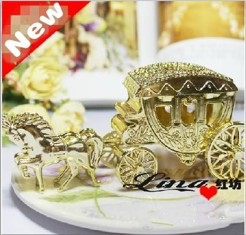 European Styles Romantic Wedding Candy Boxes Golden Silver Clear Horse Carriage Box Bags Holder Favor Chocolate