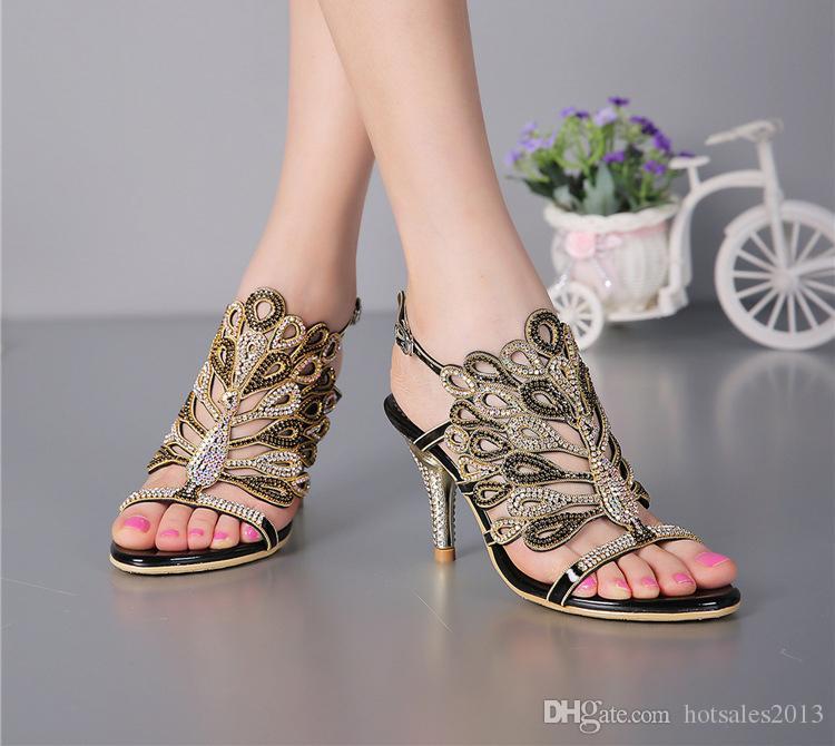 Stiletto Topuk Sandalet Strappy Yaz Sandalet Siyah Rhinestone Topuklu Sandalet Düğün Gelin Ayakkabı Kırmızı Gümüş Balo Parti Burnu açık
