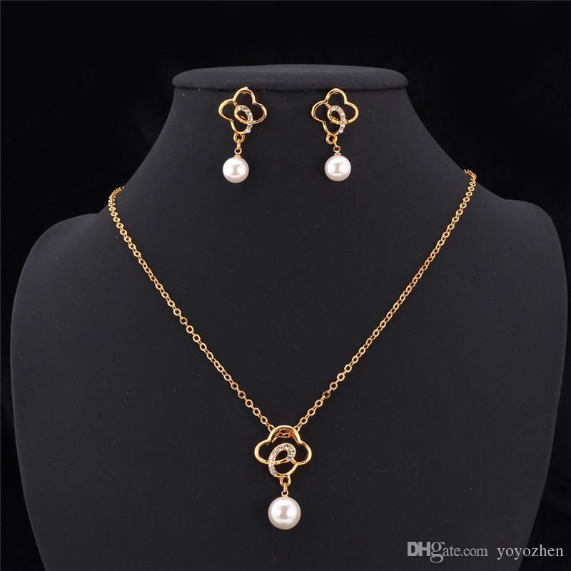Hochwertiges 18K Gold überzog Wolken-Anhänger-Halsketten-Schmucksache-Sätze mit Rhinestone-Rosa-Faux-Perlen Großverkauf YS2410