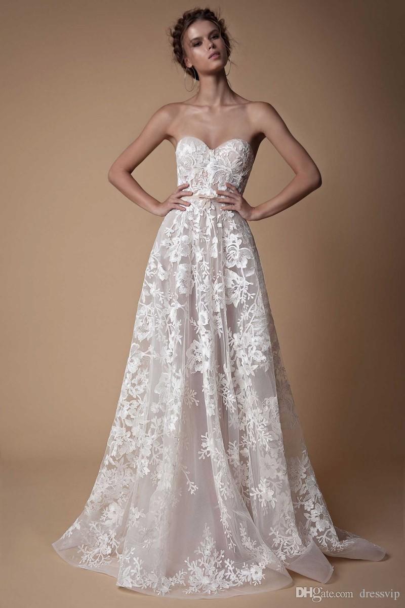 Schatz Berta Beach Brautkleider Backless Spitze Applique Elegant Plus Size Hochzeitskleid Sweep Zug Land Brautkleid