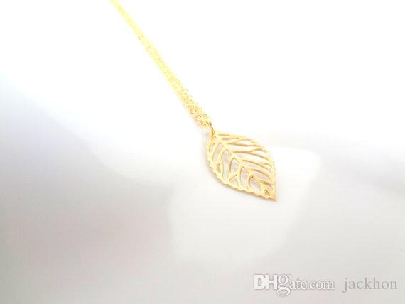 Dainty Nature Leaf Necklaces Plant Tree Hollow Fallen Leaves Necklace Simple Cute Leaf Necklaces for Ladies Women