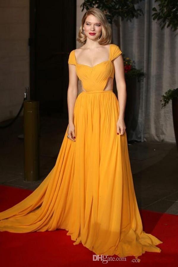 Mangas tampadas plissado Chiffon celebridade vestidos de noite oco cintura amarelo Carprt Vestidos de baile de trem de varredura aberta para trás vestidos de festa