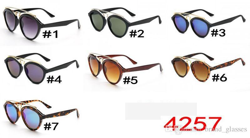 Yüksek Kalite Moda Yuvarlak Güneş erkekler kadınlar Marka Tasarımcısı Kedi Göz Güneş Gözlükleri uv400 Lensler ile ücretsiz Kutu ve kahverengi Kılıf