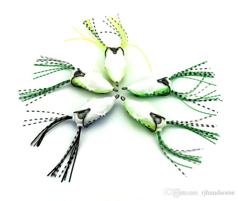 Floating Soft Ray Frog Rubber Lures 8.2g 5.5cm Scum Frogs Fishing bait For Walleye bass Barra trout Fishing Artificial Frog Bait