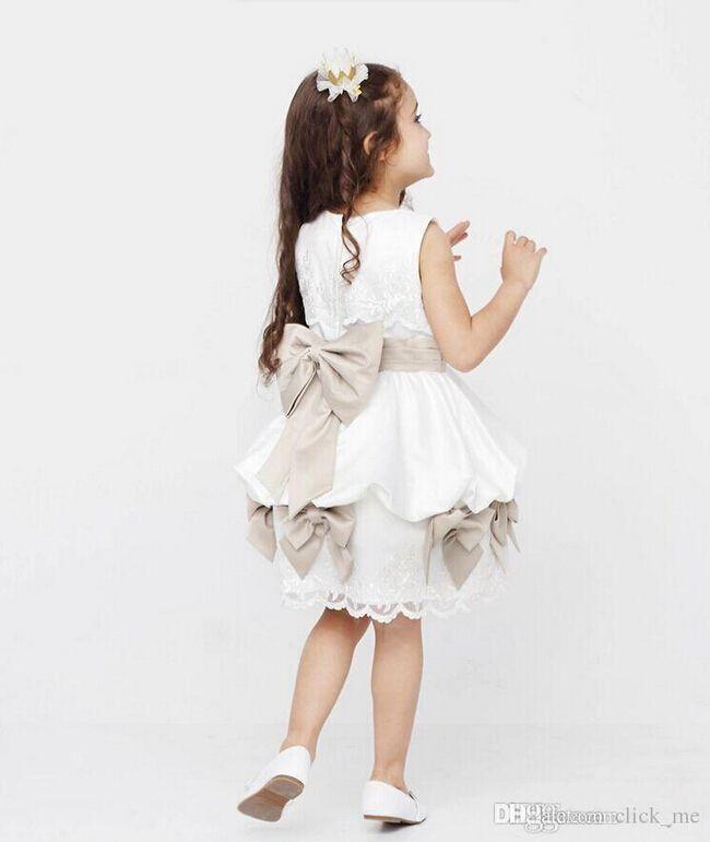 2019 Cheap Lovely Kids Ball Gowns Bateau Ribbon Bows Lace Appliques Zipper Back Knee Length Kids Prom Dresses Cute Flower Girl Dress