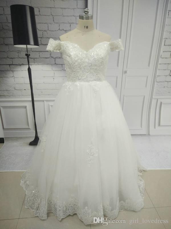Dubai A-Line Cap manga de encaje V cuello Vestidos de novia Castillo de tren de barrido Vestido de novia Cremallera Vestidos de boda elegantes Velo de novia gratis