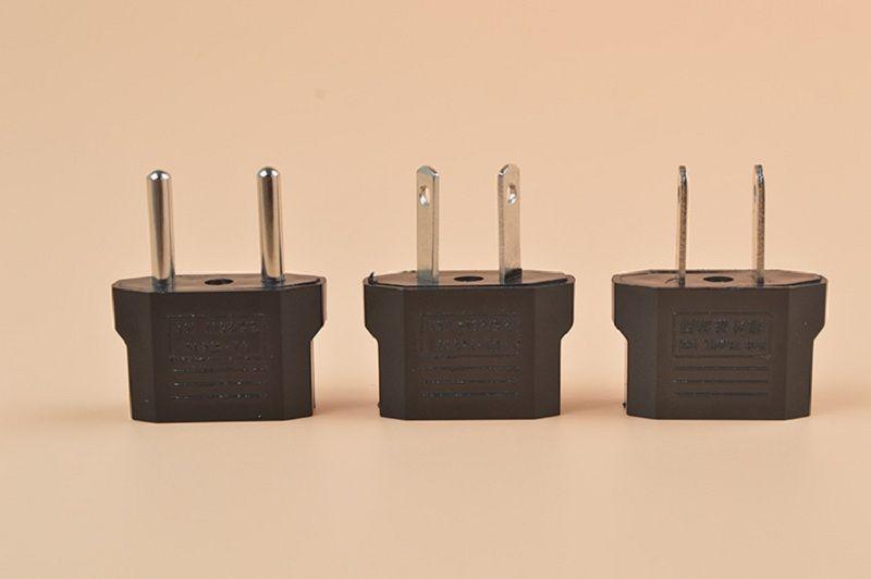 Universal USA Travel Plug Adaptador EU To US Plug Adapter Converter AC Power Electrical Plug Connector contacts 4.8 mm
