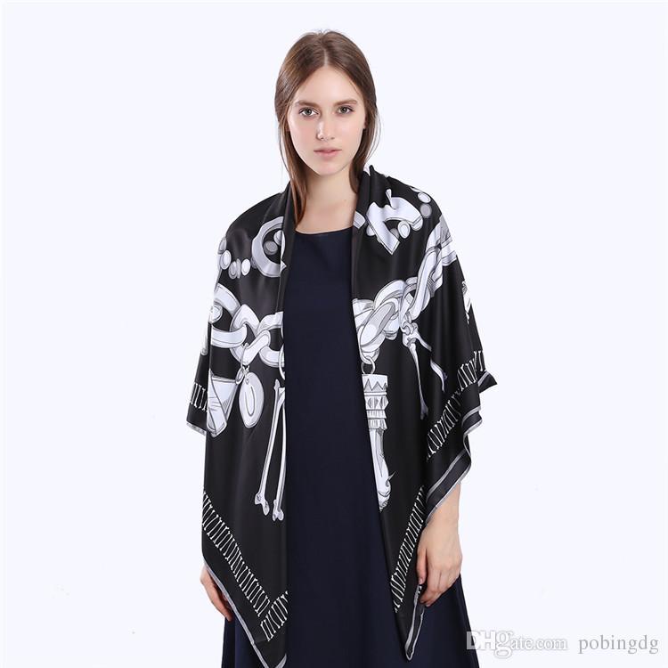Nueva sarga de seda bufanda de las mujeres del cráneo clave de impresión bufandas cuadradas moda abrigo mujer Foulard grande Hijab mantón pañuelo 130 * 130 CM
