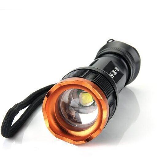 2000 Lumen 5-modi Zoomable Flashlight LED CREE XML XM-L T6 Torch Camping Equipment De lamplampen Flitslicht Waterdicht Gebruik 18650 Batterij