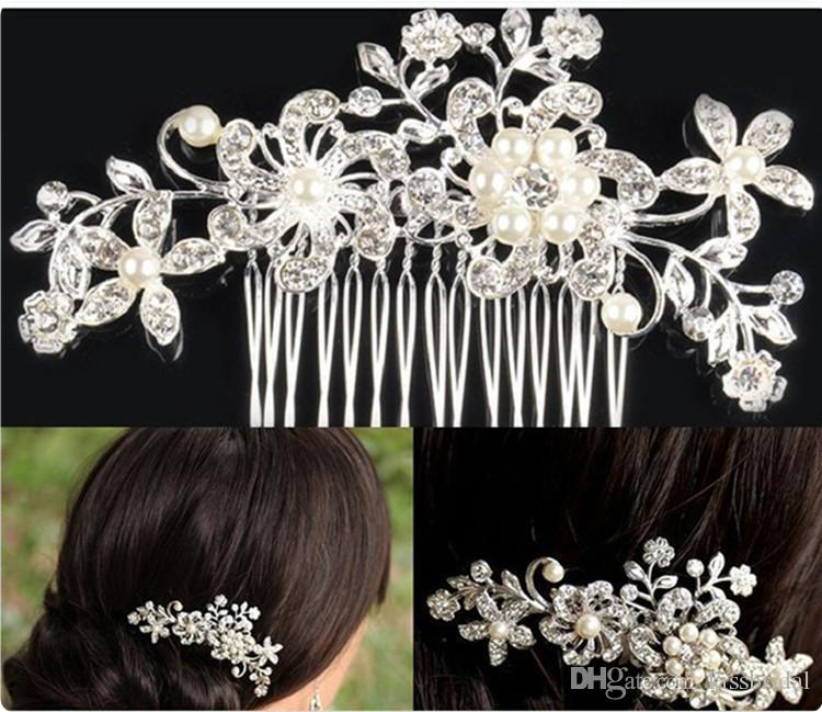 2015 Charming Crystal Bridal Tiaras New Fashion Wedding Hair Pieces Pearl Headpieces Cheap In Stock Accessories Combs For Girls