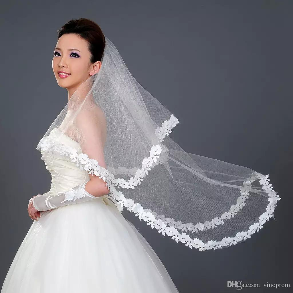 2018 Cheap Bridal Veils For Wedding 1.5m One Layer White White Veils with Lace Appliques Tulle Wedding Veil