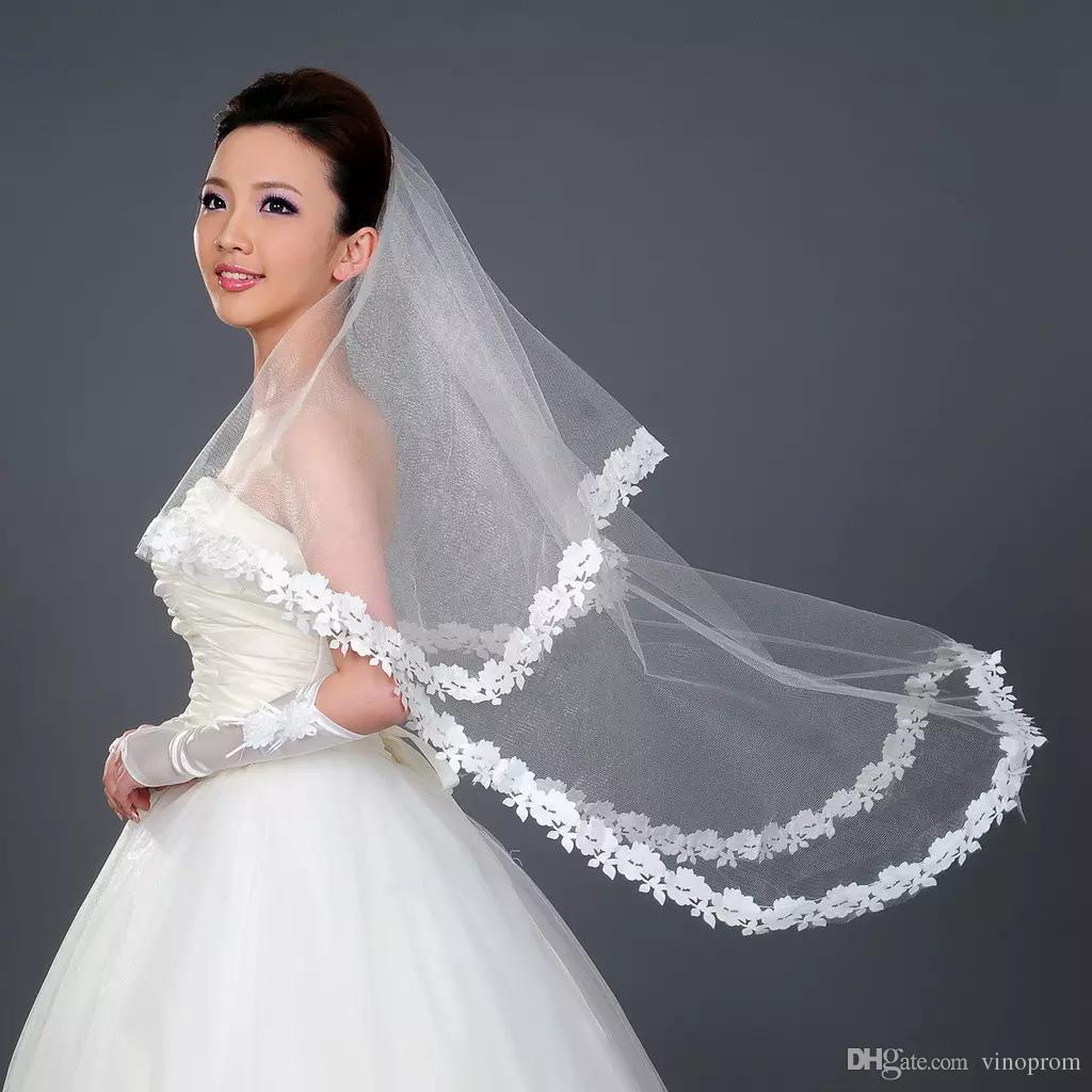 2018 Veli da sposa economici matrimoni 1.5m Velo bianco velato di uno strato con applicazioni in pizzo Velo da sposa in tulle