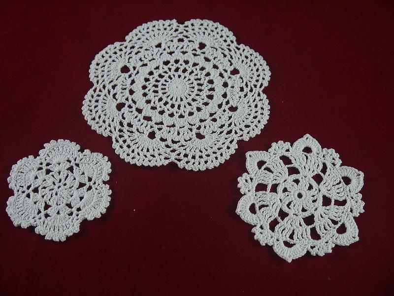 handmade Crocheted Doilies cup pad vase mat 3 Design, White lace Round coaster Home Weddings & Garden 10-20 cm table mat 30PCS / LOT tmh349