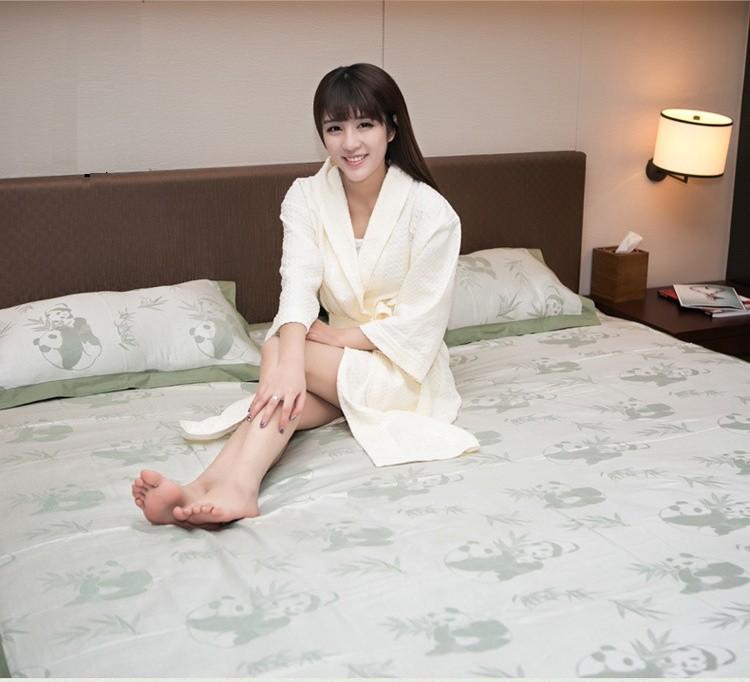 bamboo bedding set sheet pillowcases summer thread blanket soft smooth textile red green china panda