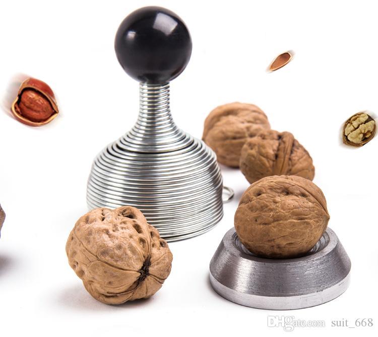 Пружинное открытие устройства Щелкунчик орехи грецкий орех оболочка сломана открытые орехи очищенные грецкие орехи артефакт клип творческие инструменты