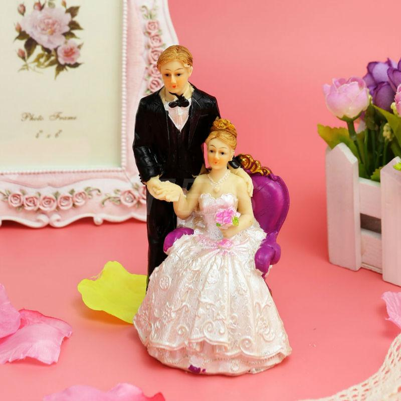 "FEIS Fashion""Groom Standing Left Bride Sitting Right"" Cake Topper Cake Decoration Wedding Decoration Wedding Accessories Poly Resin Material"