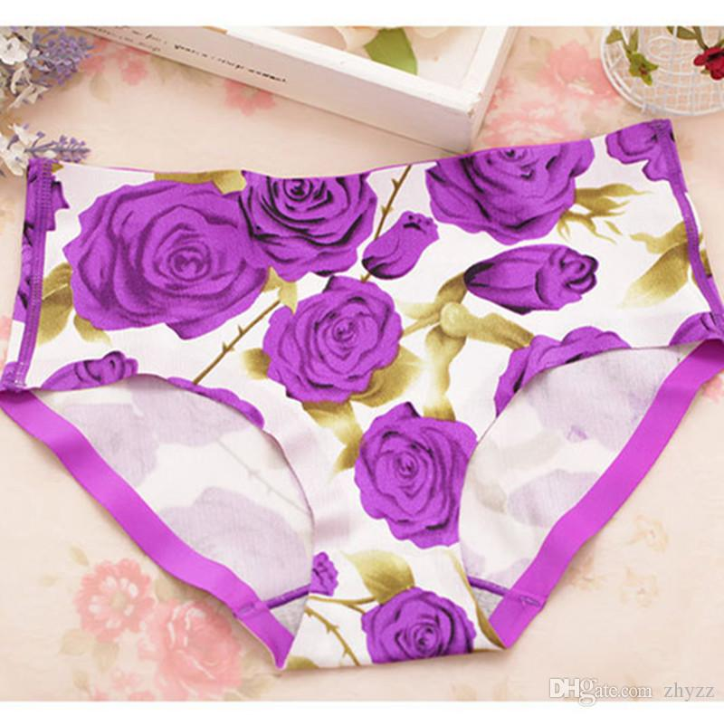 2016 New Arrival Female Underwear Sexy simple smooth comfortable Bra Set Ladies Seamless 3D Print floral Wire Free Bras and Panty for Women