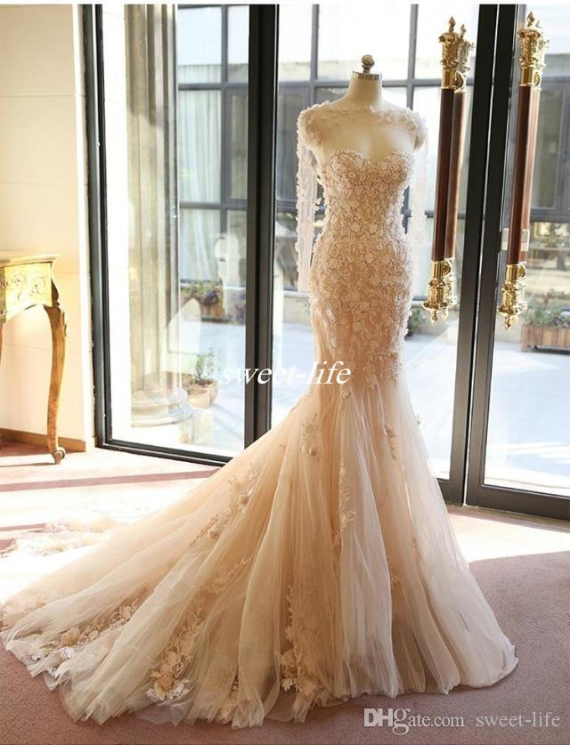 Long Sexy Beautiful Elegant Tulle Mermaid Wedding Dresses 3D Flowers Vintage Lace Strapless Backless 2019 Bridal Gowns