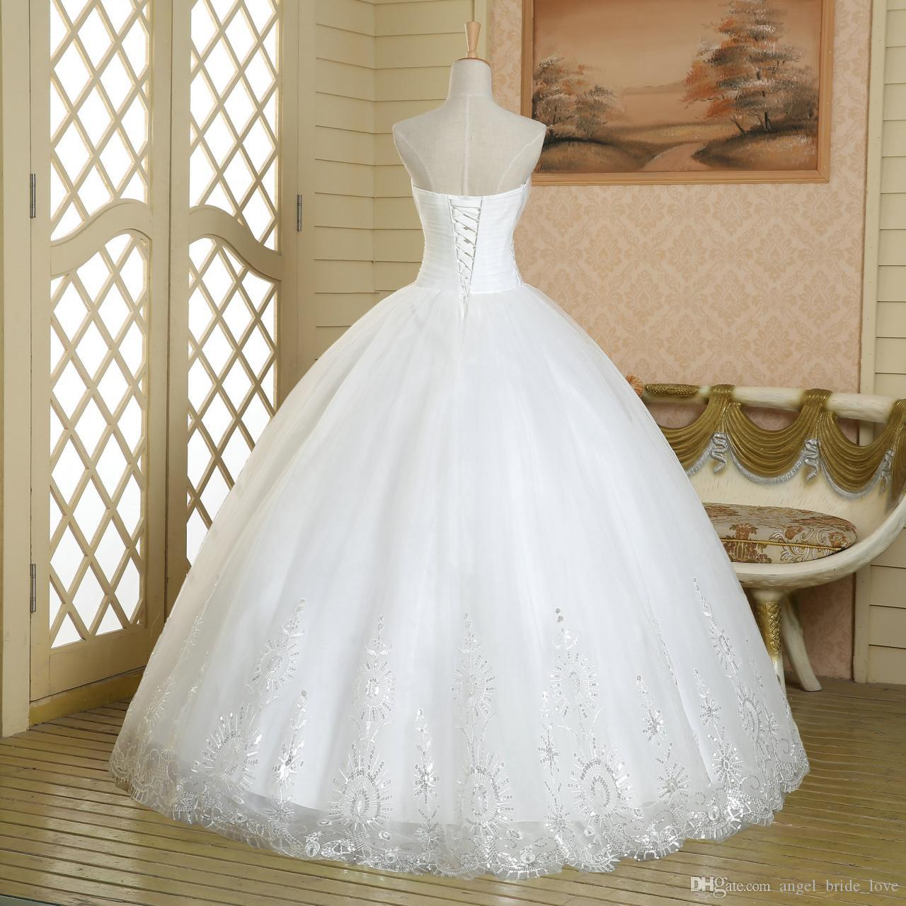 2016 High Quality Ball Gown White Lace Quinceanera Dresses Beaded Crystal Prom Party Sweet 16 Dress Vestidos De 15 Dresses WD227