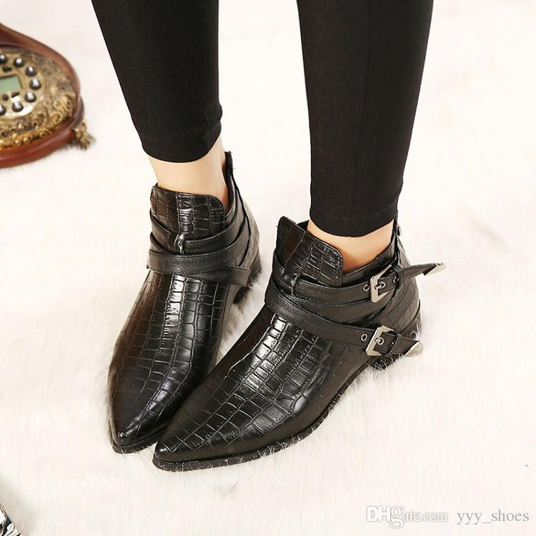 e944771b6a4 Lady Flat Heel Short Boots Womens Shoes Pointed Toes Shoe Ankle Boot Flats  Martin Boots Thick Heel Snake Pattern Buckle Strap Zipper