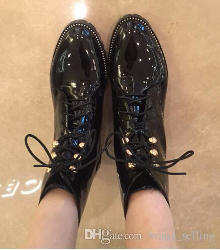 New Style Patent Leather Boots Women Lace Up Motorcycle Boots Designer Ankle Booties Ladies Winter Plush Warm Shoes flats with women