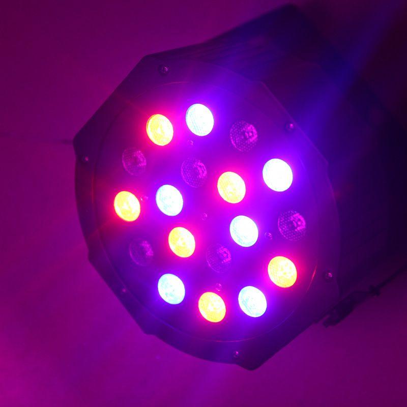 DHL Led sahne ışık 18x3 W 54 W Kulübü için 6 Kanal RGB Led Düz Par Aydınlatma DJ Sahne Parti KTV Disko DMX 512 Kontrol