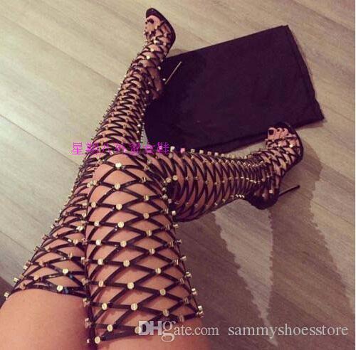 Seksi Cut Out Uyluk Yüksek Çizmeler Taklidi Çivili Kadın Yaz Gladyatör Sandal Boots Yüksek topuk Diz Üzerinde Uzun botas