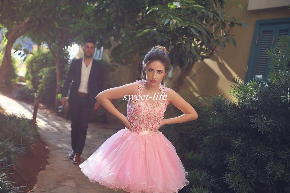 Schattige korte prom jurken baljurk tule handgemaakte bloem kralen backless halter mini 2019 goedkope 8e klas homecoming feestjurken