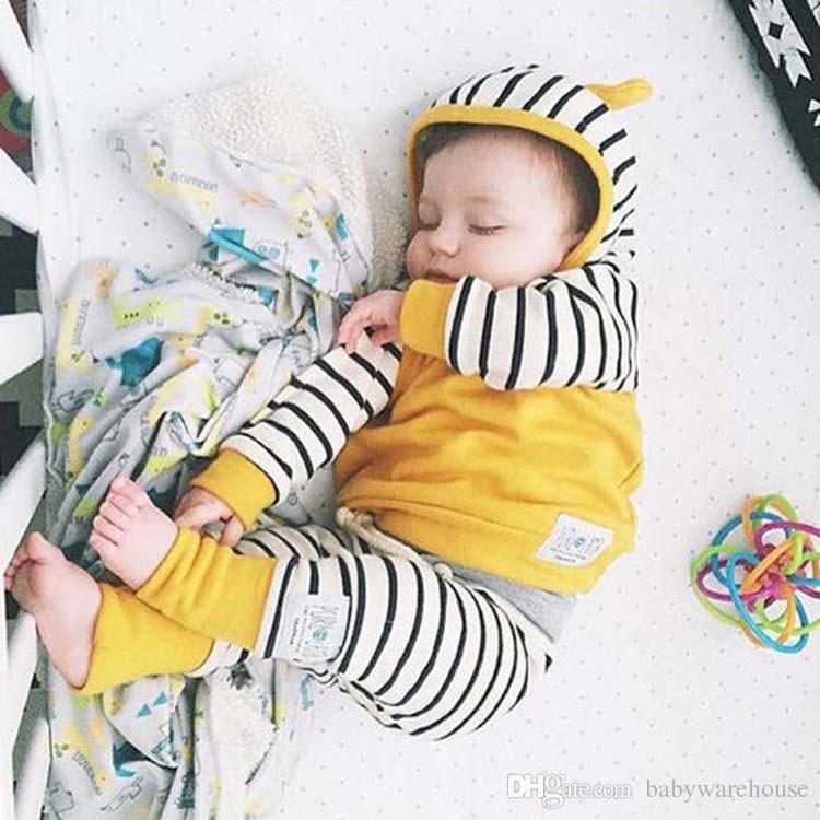 Baby Kleidung Set Baumwolle Gestreift Baby Jungen Kleidung Set Frühling Herbst Kinder Hoodies + Pants Zweiteiler Outfits Kinder Kleidung Jungen Mädchen Anzug