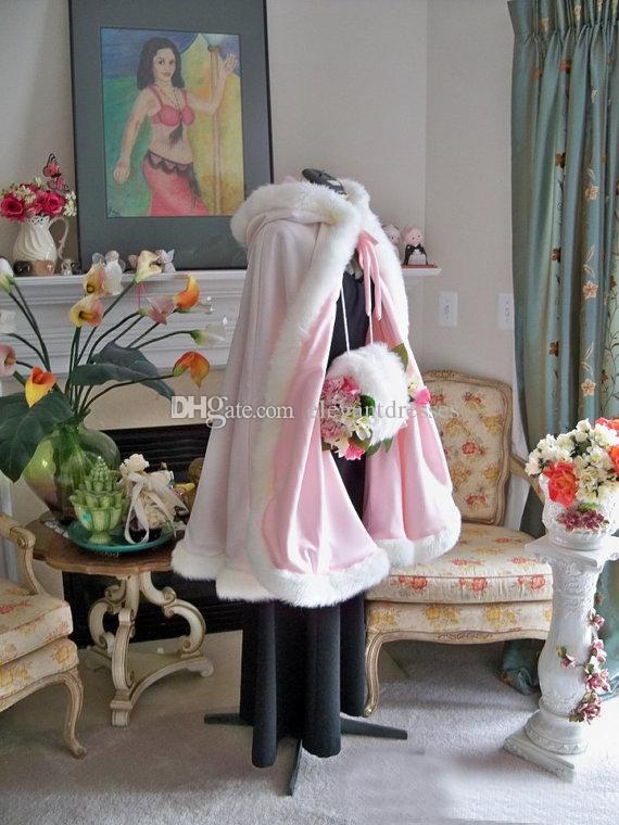 2021 Çarpıcı Kat Uzunluk Pembe Renk Gelin Pelerin Düğün Pelerinler Faux Kürk Mükemmel Kış Düğün Gelin Pelerinler Cape Çiçek Kız Cape