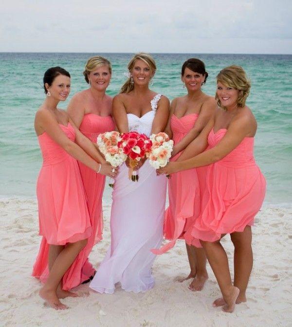 Sommer Eleganter Strand Brautjungfer Kleider Heiße Rosa Kurze Brautjungfern Gowns Chiffon Schatz Mid of Ehre Ehiling Party Kleid Korallen