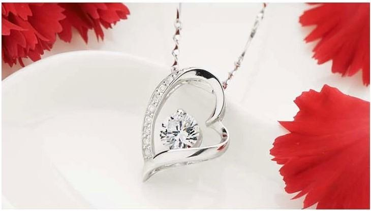 New Jewelry 30% 925 sterling silver Austria Crystal Love Heart Diamond Pendant necklace For Wedding Dress Sets Party