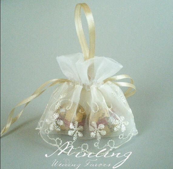 Lace Organza Candy Boxes Handmade Embroidery Flowers Candy Bag