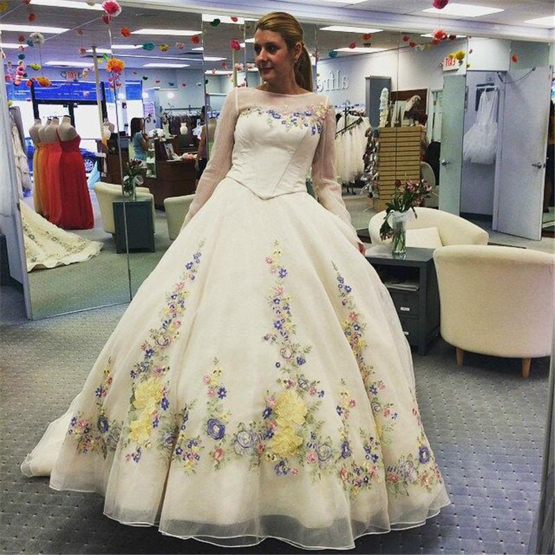 Charming Cinderella Wedding Dresses Handmade Flowers Embroidery Long ...