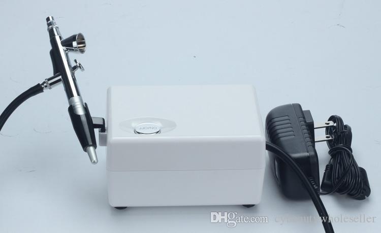 Новая мини портативная машина кислорода машины корки двигателя кислорода лицевая для пользы домашнего салона подмолаживания кожи удаления угорь