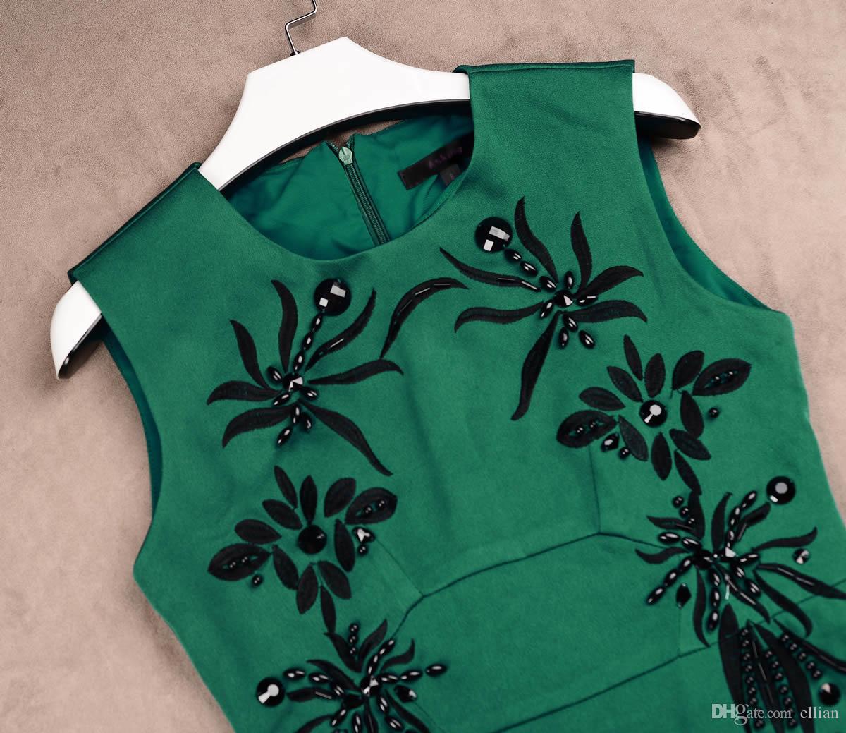 Luxo Mulheres Bordado A-Linha Vestido Frisado Redondo Pescoço Vestidos 15105811