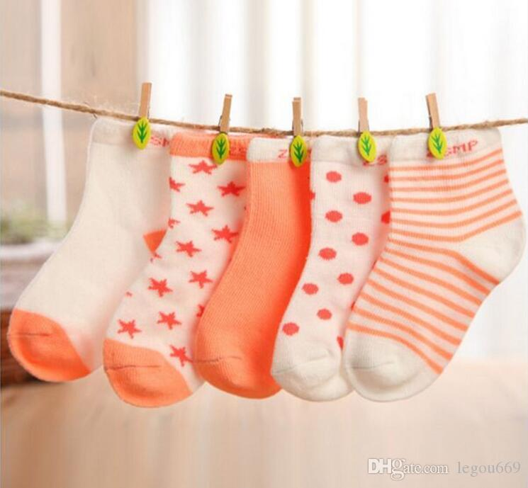 Les chaussettes de coton nouveau-né de chaussettes de bébé de chaussette de fille et de garçon G1140