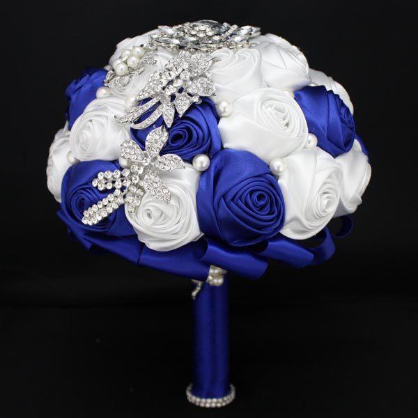 مخصص الأزرق الملكي + باقات الزفاف الأبيض لحديقة الزفاف تألق الكريستال حجر الراين اللؤلؤ بتلات الزفاف جودة عالية رخيصة
