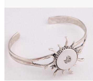 серебряный цветок sun leaf 18 мм оснастки кнопки ювелирные изделия аксессуары кулон браслет Нуса кнопки оснастки кнопка Гинер браслет Браслет